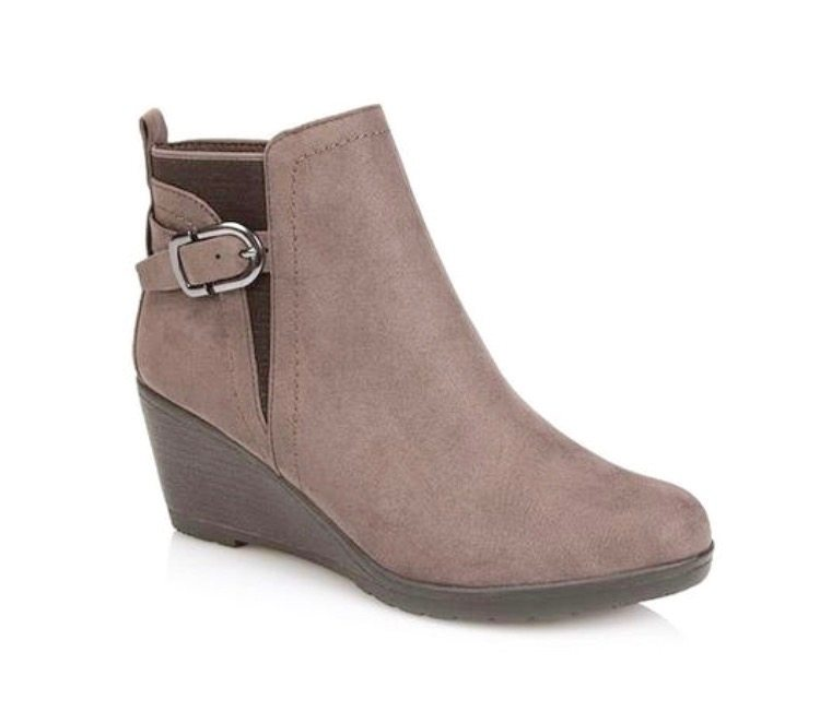 Pavers Wedge Boot